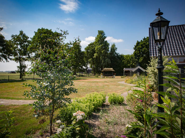 Zorgboerderij Westersypen leefomgeving tuin